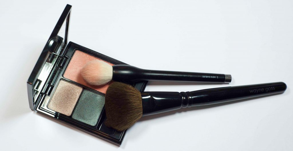 brushes_CheekColorCompact